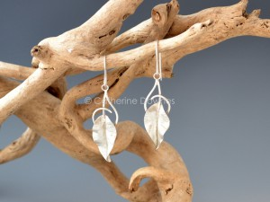Rhapsody Drop earrings. © Catherine Downes